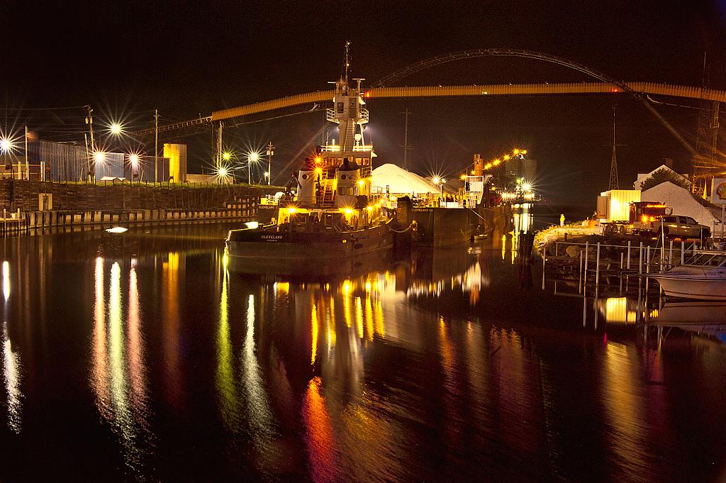 Ashtabula Harbor - Cleveland ship