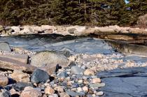 Winter Harbor - Protected Blue Rocks!