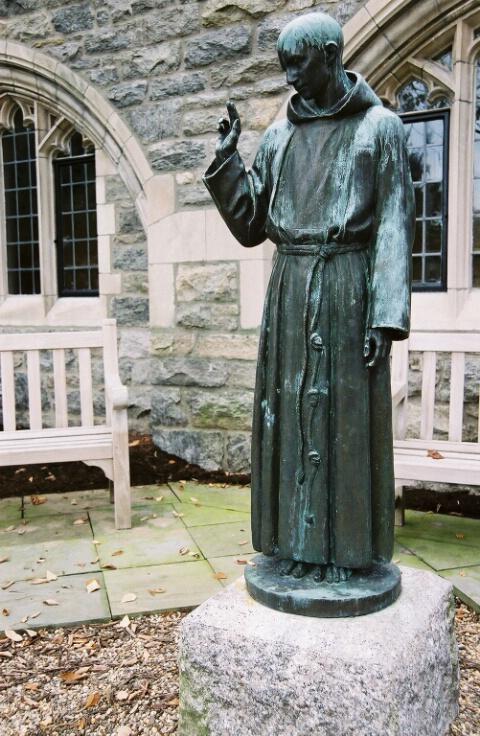 Gravesite Statue - Before)