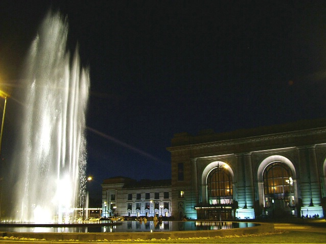 Union Station & Fountain at Night