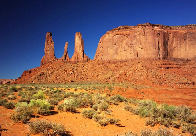 Three Sisters - Monument Valley