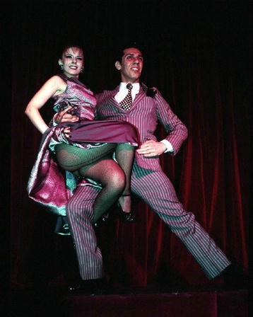 Tango dancers finale