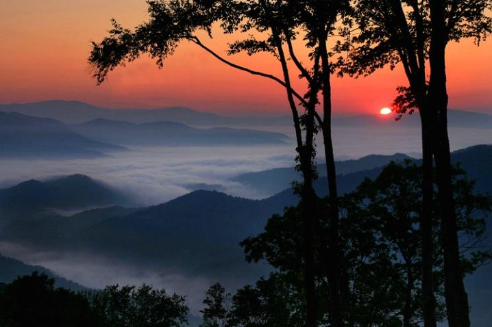 Presunrise over Blue Ridge