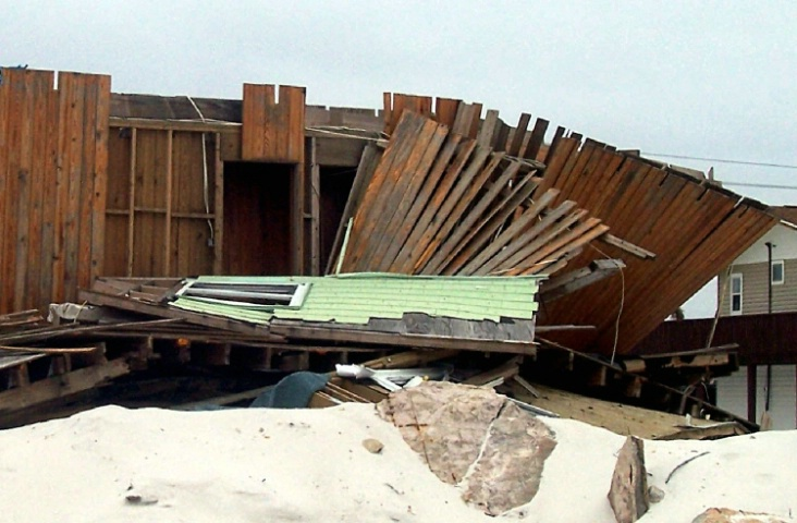House broken by Hurricane Ivan, 2004
