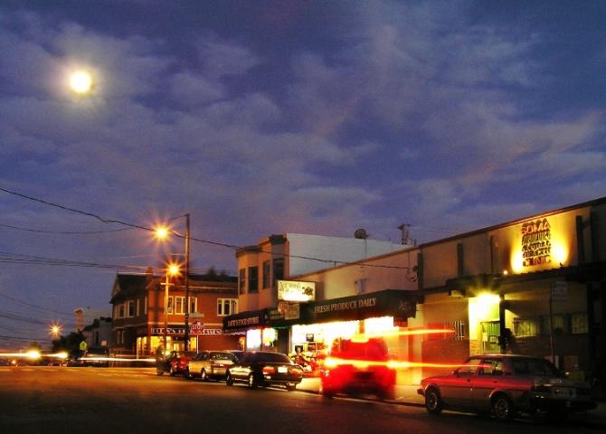 Moon over 20th Street, San Francisco