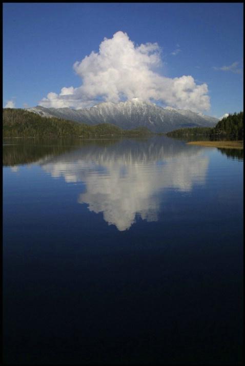 kennedy lake clouds