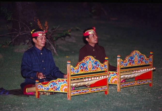 Lombok musicians