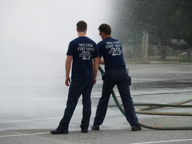 milton firefighters