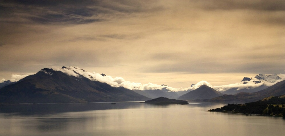 Panorama of the Remarkables mt range