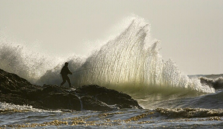 fishing_for_waves_1