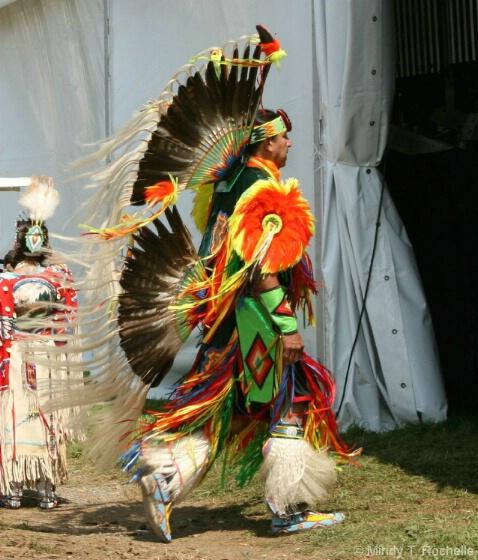 Schemitzun Dancers