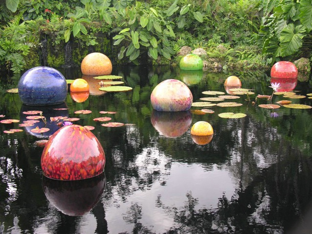 Chihuly at Fairchild:  Floating spheres