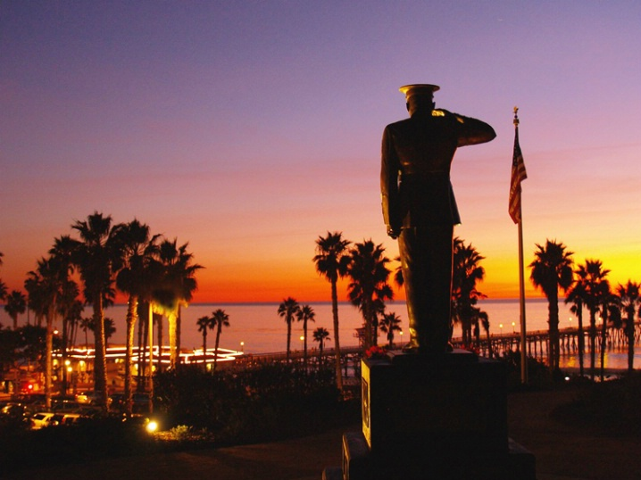 Marine Statue in San Clemente