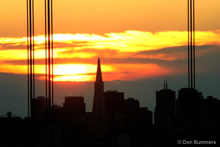 Sunrise Over the Transamerica Building 2007