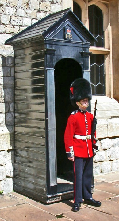 GUARD AT TOWER OF LONDON