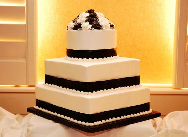 wedding cake 2 st. pete beach