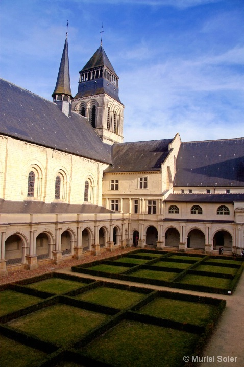 Cloister of the great minster, Fontevraud, France