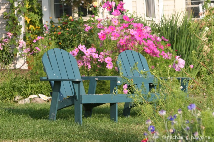 turquois bench