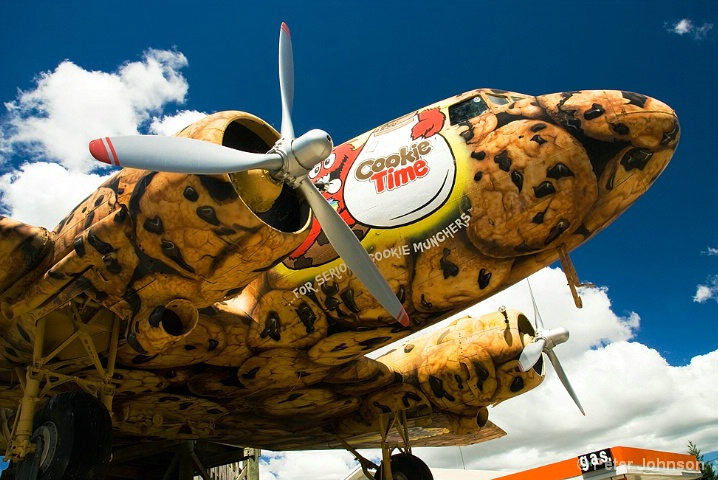 Cookie Monster Plane - New Zealand
