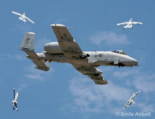 A-10 DEMONSTRATION UPSIDE DOWN MANEUVER