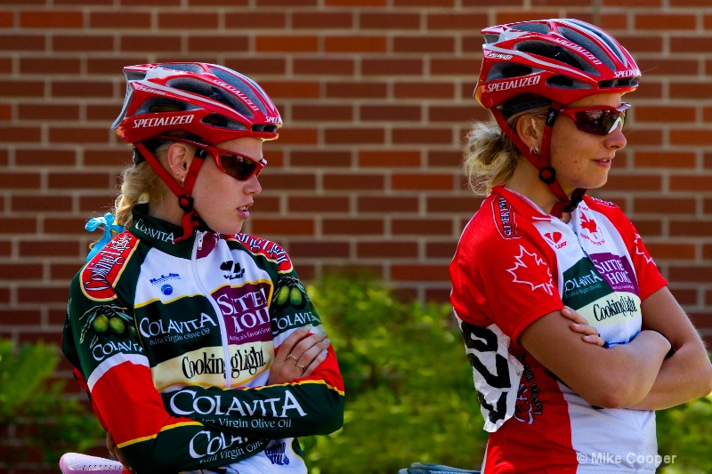 Womens Pro International Team Bicycle Racers