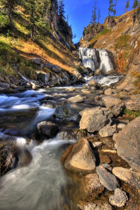 Yellowstone Park's Mystic Falls