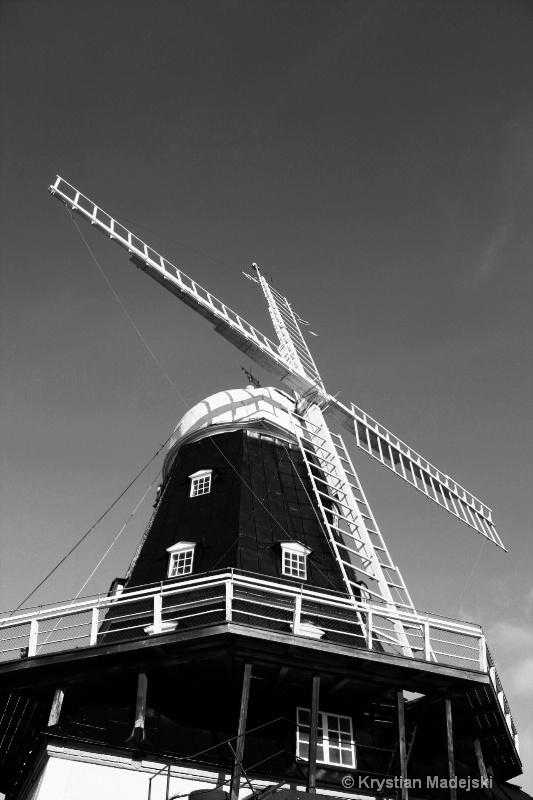 Dutch windmill BW MANU