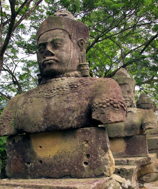 Angkor Thom II