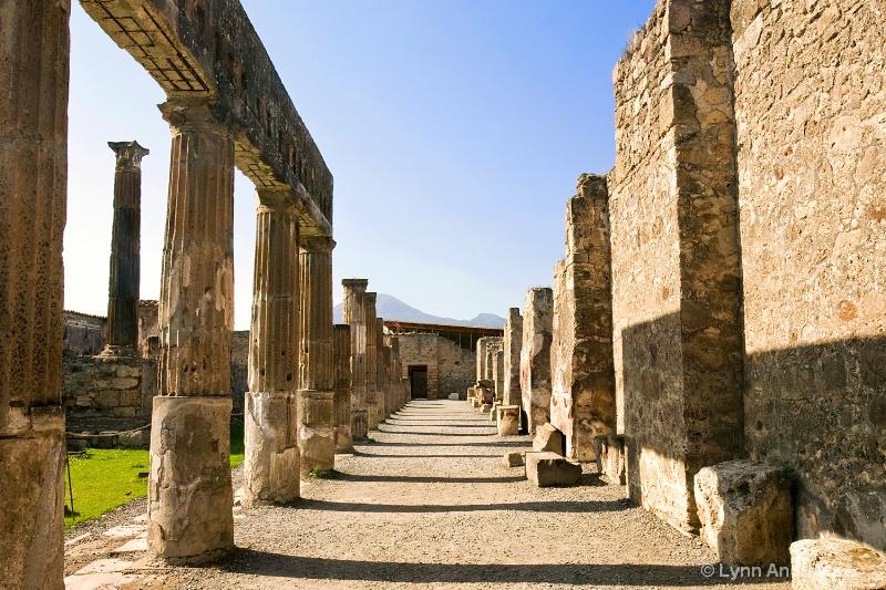 Pompeii walk