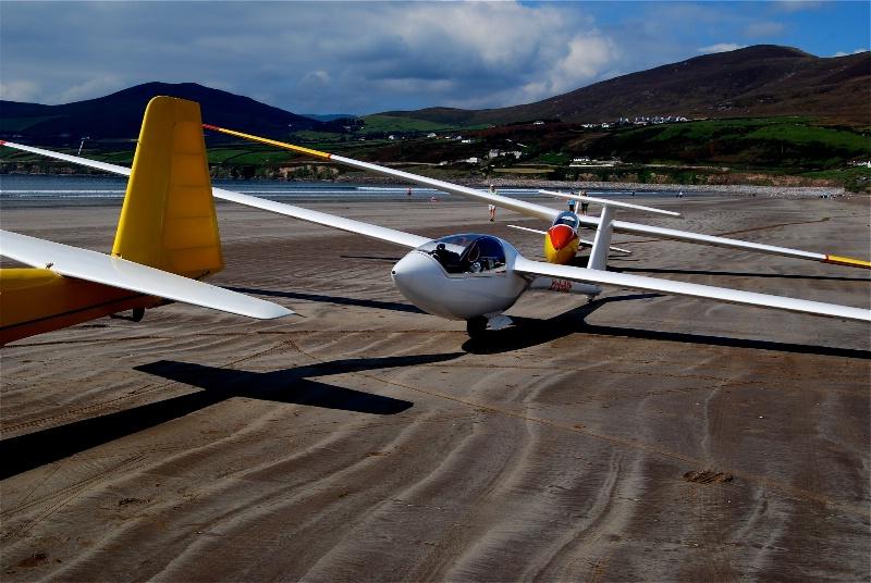 Dublin Glider club, Inch Beach, Ireland