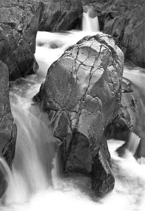 ansels rock, Shut-ins