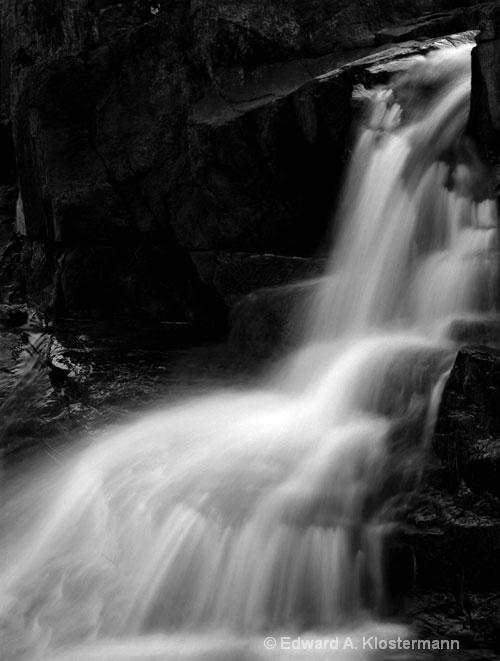 rocky falls Scenic