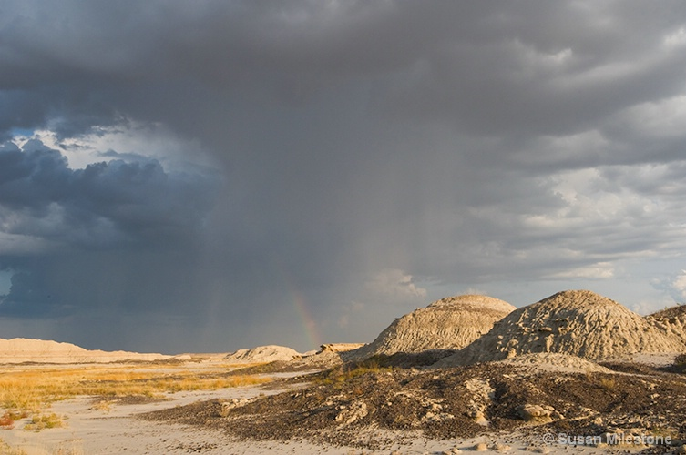 Badlands, SD Storm Clouds with Rainbow 5788