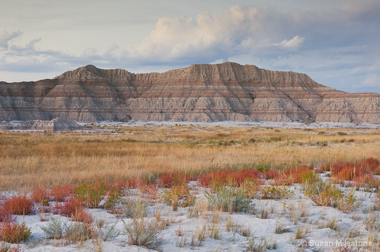 Badlands, SD Desert Mtns 5819a