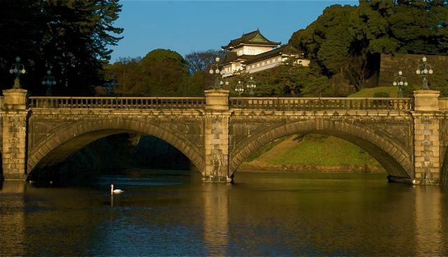 Peaceful Morning at the Imperial Palace