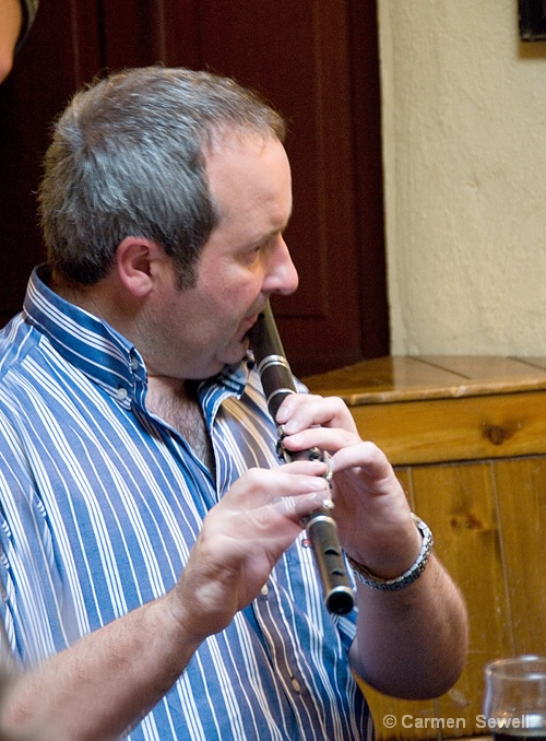 Flautist at Gus O'Connors Pub