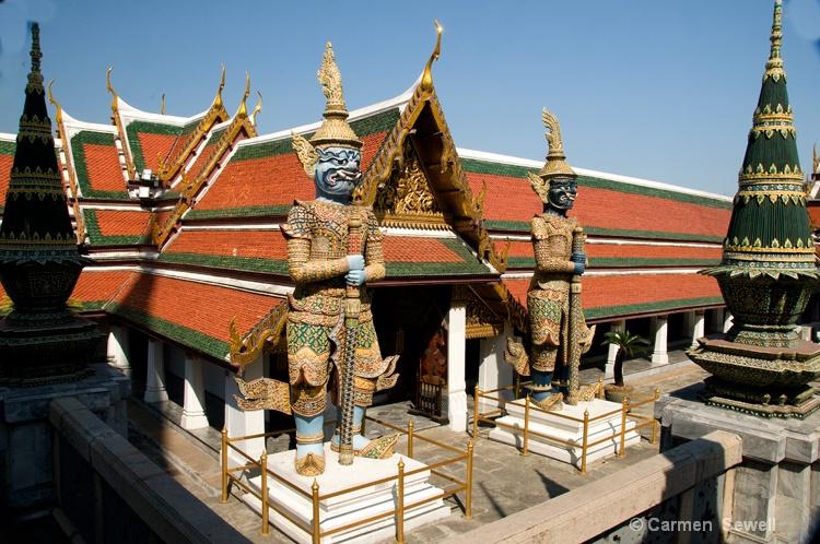 Grand Palace Guardians, Bangkok