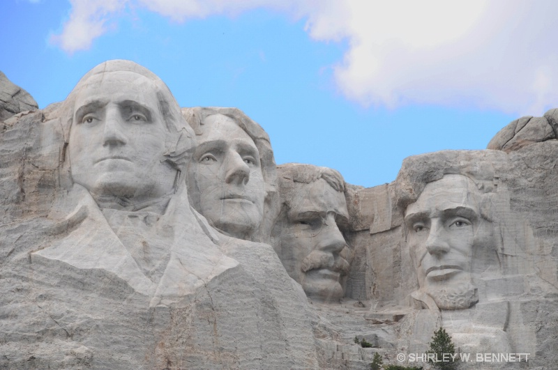 MOUNT RUSHMORE PRESIDENTS' SCULPTURES