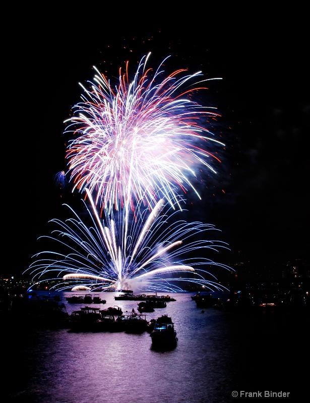 4th July; Boston 5