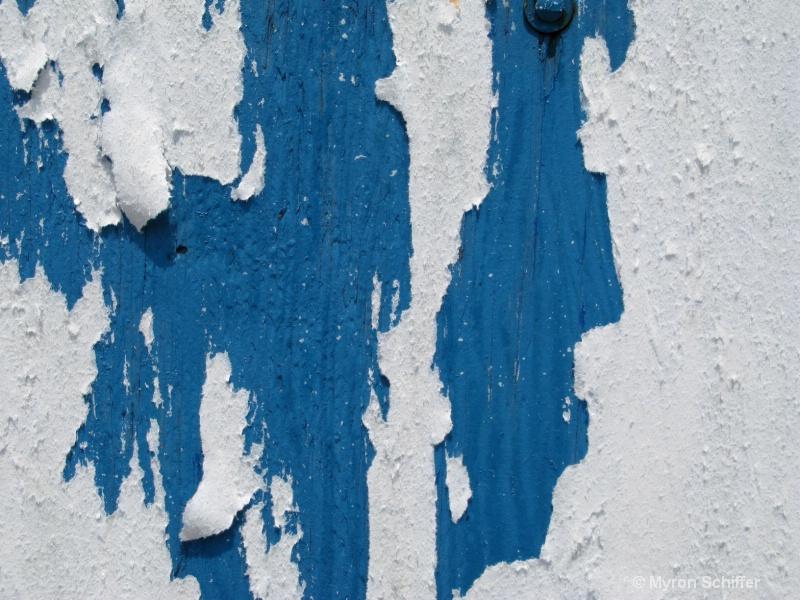 Peeling White on Blue
