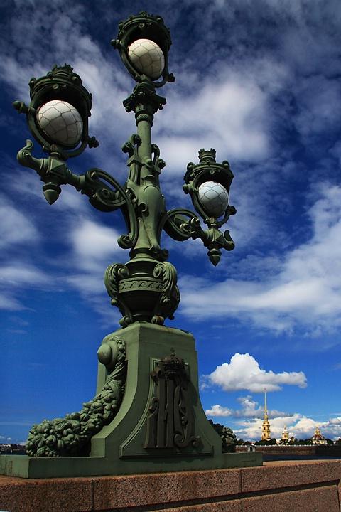Neva Streetlight