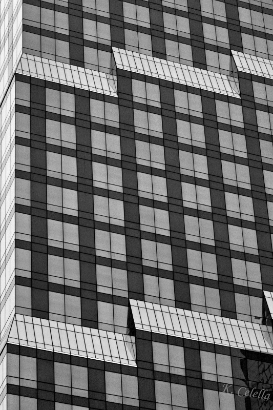 Black and White 90% Angles