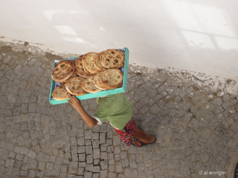 TURKEY Ayvalik bread boy img 1345