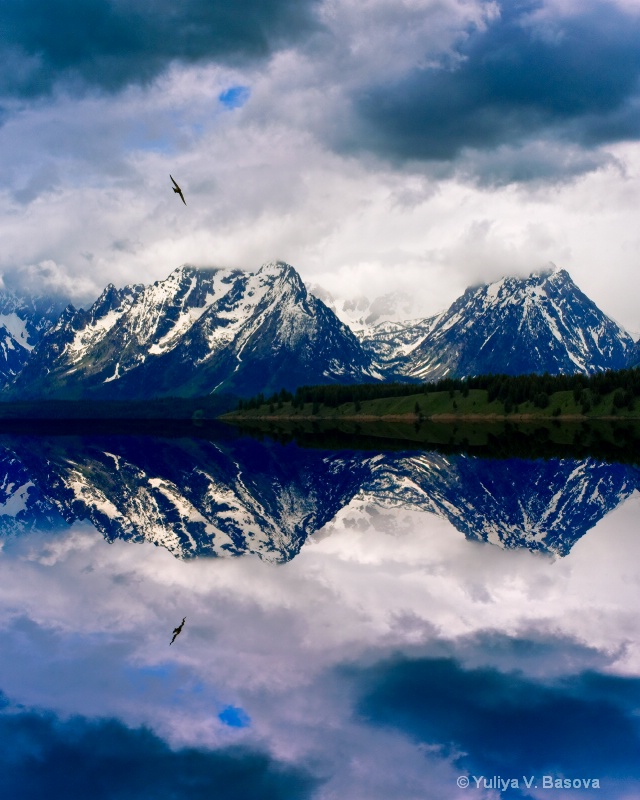 Flight over the Grand Teton.<p>