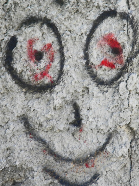 smile graffiti