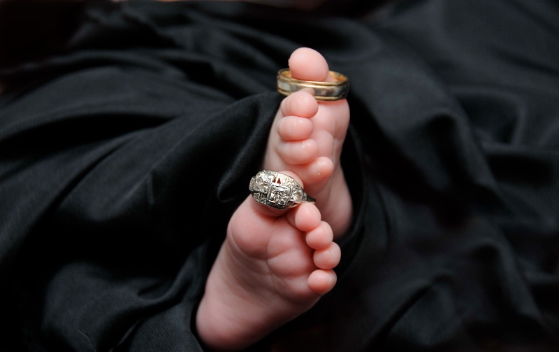 Adorable little feet...........