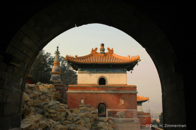 Morning light on the Tibetan Style Temple (hor)