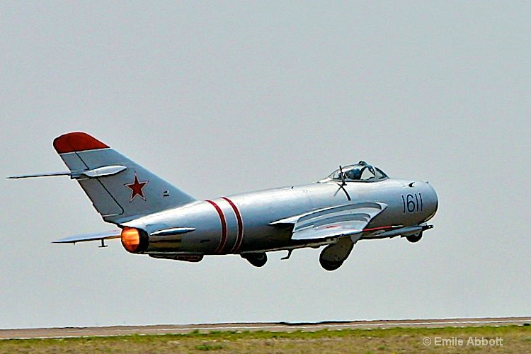 Russian MIG-17 take off