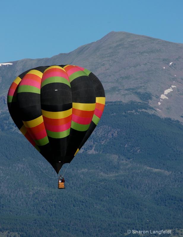 Balloon Against the Peak
