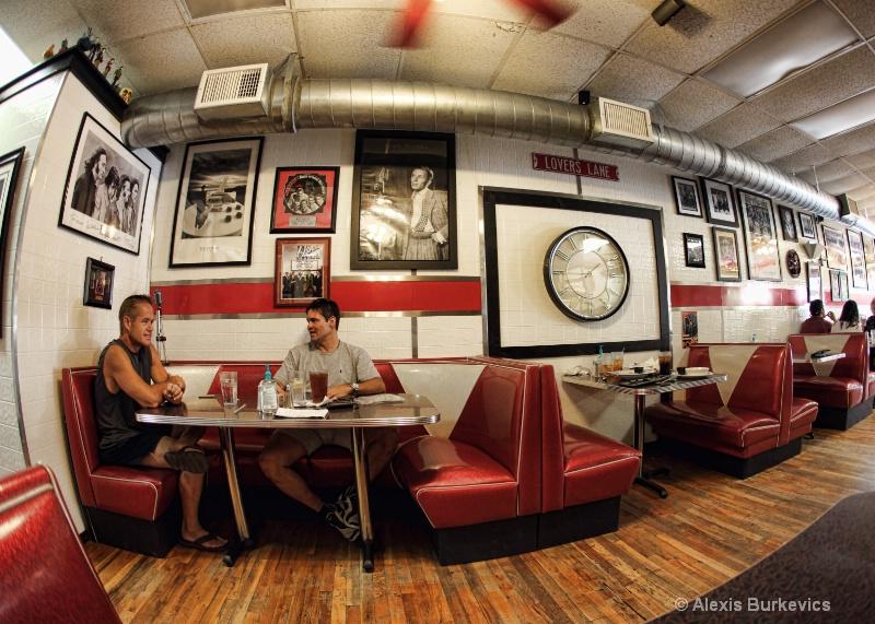 Rewind Cafe